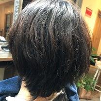ヘナとキュビズムカットでくせ毛の悩みは改善できる^_^の記事に添付されている画像