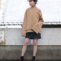 レザースカートの記事に添付されている画像
