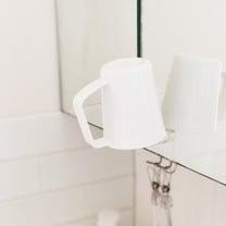 セリアで新シリーズ発見!洗面所のコップを吊り下げ収納。の記事に添付されている画像