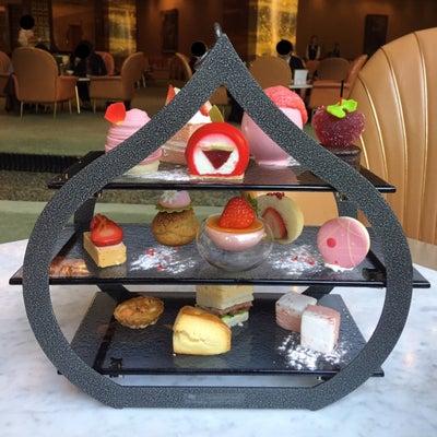メインラウンジ(中之島・リーガロイヤルホテル大阪)の記事に添付されている画像