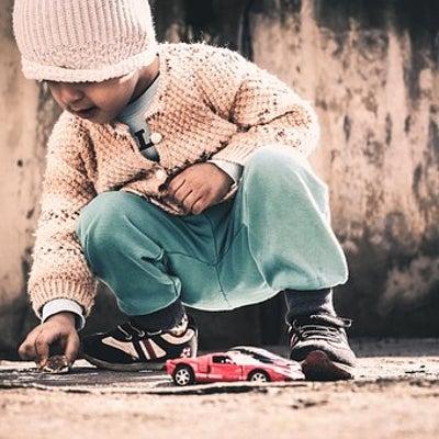 【子育て英語】ミニカーの記事に添付されている画像