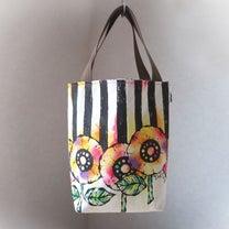新作☆帆布 手描きのトートバッグ(花柄×ストライプ)Dカン付き 01の記事に添付されている画像