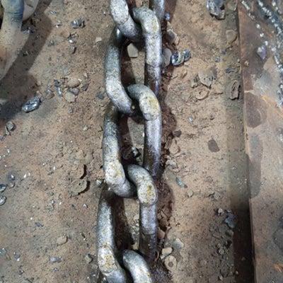 ホイールローダーのタイヤチェーン肉盛り溶接/硬化肉盛用溶接棒の記事に添付されている画像