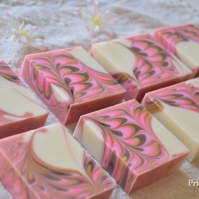 ●桜のイメージの石けん出来上がりました!の記事に添付されている画像