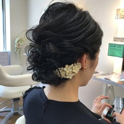 友人の結婚式参列前にヘアセット♪の記事に添付されている画像