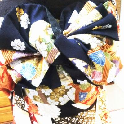 振り袖だから出来る、華やかな帯結びの記事に添付されている画像