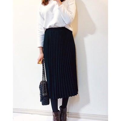 【GU】お値段に驚愕した優秀トップス/SNSで一番人気のプリーツスカート♡の記事に添付されている画像