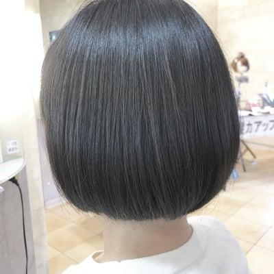 大人のヘアスタイルのマスト条件『ツヤ感』を守る♪゜・*:.。. .。.:*・♪の記事に添付されている画像