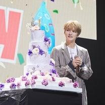 """・김재중, 생일 맞아 15개국 팬들과 특별한 시간 """"함께 할 수 있어 행の記事に添付されている画像"""