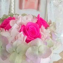甘い香りのフリージア2月のハートのアレンジメントの記事に添付されている画像