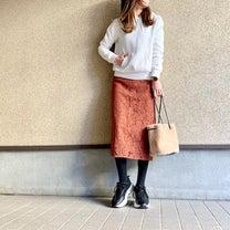 GUトレンドスニーカーでカジュアルに着るレーススカート♡の記事に添付されている画像