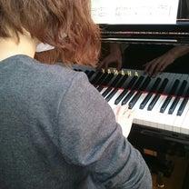 大人ピアノ   ピアノを弾くことを重ねての記事に添付されている画像