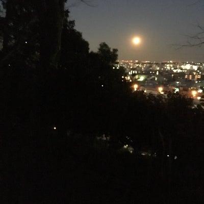 スーパームーンで満月の夜の記事に添付されている画像
