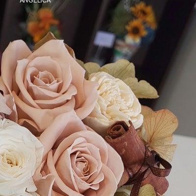 体験レッスン・アンティークカラーのプリザーブドフラワーの記事に添付されている画像