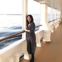 50代コーディネート☆船上ニューイヤーズパーティーのドレスコードはドレスアップマの記事に添付されている画像