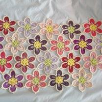 お花モチーフのブランケット、3&4段目終了。の記事に添付されている画像