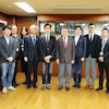慶応大学大学院メディアデザイン研究科教授の岸博幸氏がお見えになりましたの画像