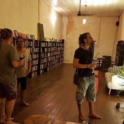 集え、本の虫たち「The Bookish Bazaar」の記事に添付されている画像