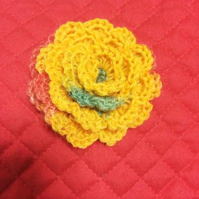 手編みのコサージュの記事に添付されている画像