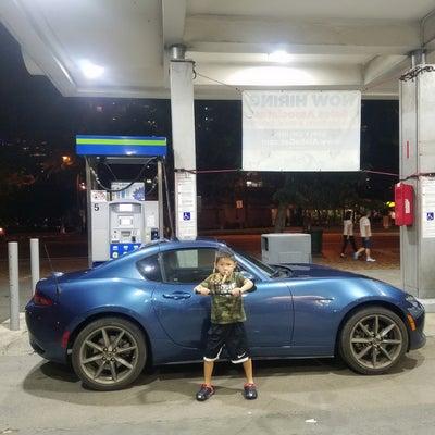 ハワイのレンタカーでスゴイ車に乗ったよ(笑)の記事に添付されている画像