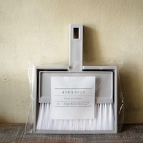 セリアのミニほうきとちりとりのセットをアンティーク雑貨みたいにリメイクの記事に添付されている画像