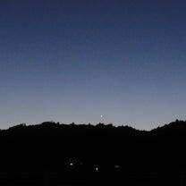 ダイハツ T25 パウダリーベージュ 春に向かって日が伸びるの記事に添付されている画像
