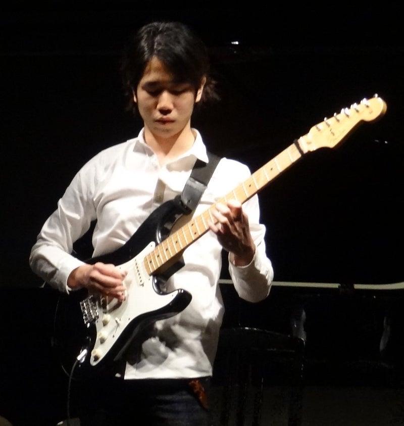 磯部寛樹ギター演奏