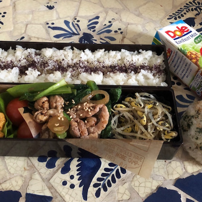 肉野菜炒めのお弁当の記事に添付されている画像