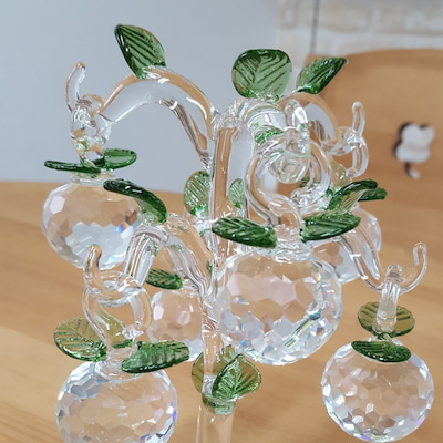 ガラスの木とりんごたち。の記事に添付されている画像