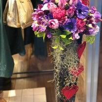 定期装花:ショップディスプレイの記事に添付されている画像