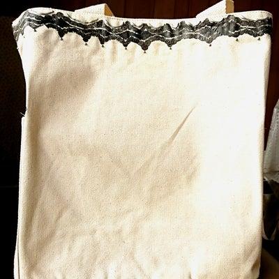 布バッグ作品完成 ヘリテ―ジDECO・ディプロマレッスンの様子の記事に添付されている画像