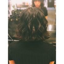 お出かけヘアスタイルの記事に添付されている画像
