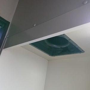 台所ダクト換気扇交換作業1の画像