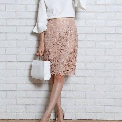 商社マンから聞いた1番好きなOLファッション♡の記事に添付されている画像
