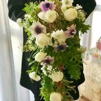 土曜日レッスンでステキな生花のブーケが♪の記事に添付されている画像