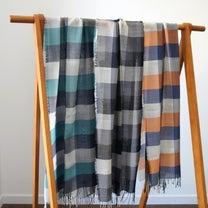 山崎織物さんのチェックのストールの記事に添付されている画像