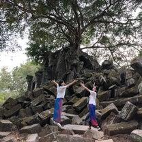 郊外遺跡ベンメリアとコーケー遺跡群 日本人2人とタクシーチャーターアートです。の記事に添付されている画像