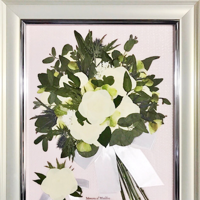 白バラの押し花ブーケの記事に添付されている画像