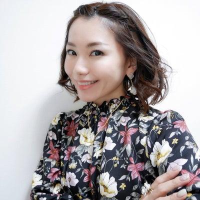 コーデ♡花柄ロングワンピースの記事に添付されている画像