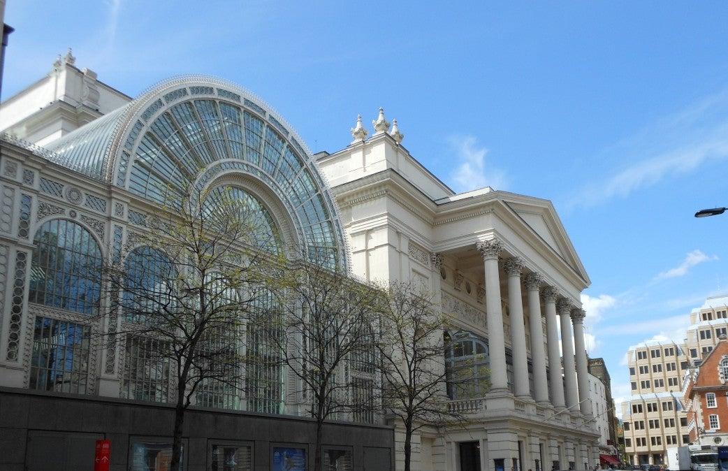 ロンドンのロイヤル・オペラハウスとニースのオペラ座