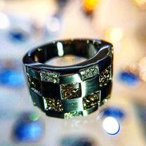 市松文様のダイヤモンドリングの記事に添付されている画像