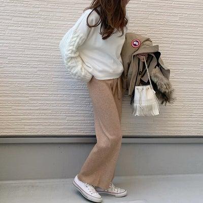 スニーカー合わせが可愛い楽ちんニットパンツ!!楽天マラソン購入品の記事に添付されている画像