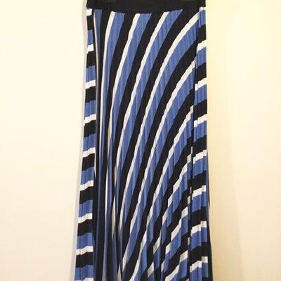 春モノ!H&Mのプリーツスカート☆の記事に添付されている画像