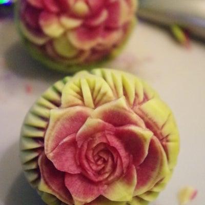 【紅芯大根でカービング☆薔薇ダリア】の記事に添付されている画像