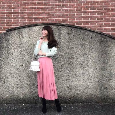 プリーツスカートの選び方【コンプレックスも味方にする♡】の記事に添付されている画像