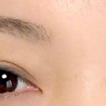 薄くなる眉の記事に添付されている画像