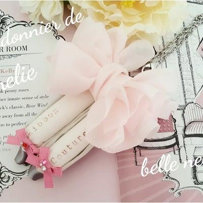 サーモンピンクの可愛い✨アメリの靴屋の記事に添付されている画像