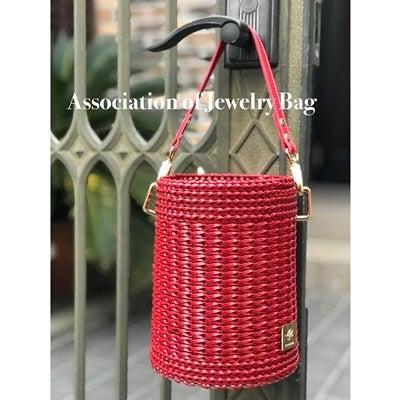 赤ネットで真っ赤なバケツ型バッグ♪の記事に添付されている画像