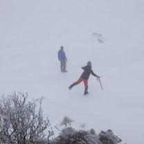 冬の三嶺に登りましょ②☆避難小屋の記事に添付されている画像