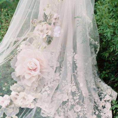 【wedding】ドレスと世界観が一体化。素敵なリングピローの記事に添付されている画像